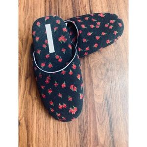 Victoria's Secret Slide On Cherry print slippers S